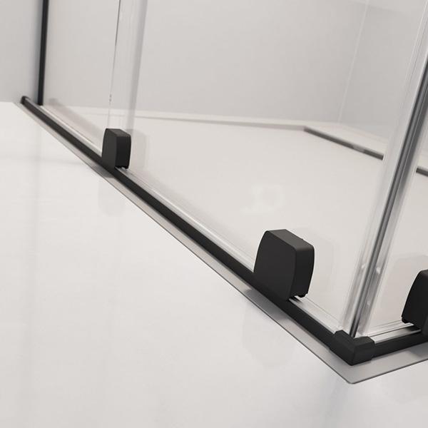 czarny profil kabiny
