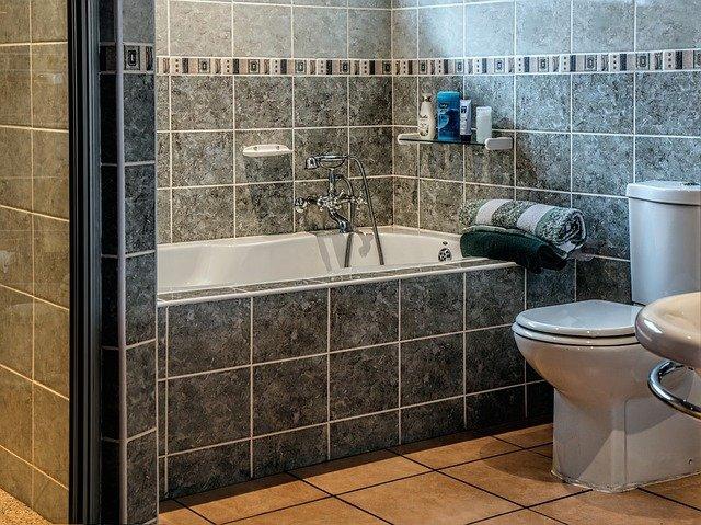 łazienka do remontu