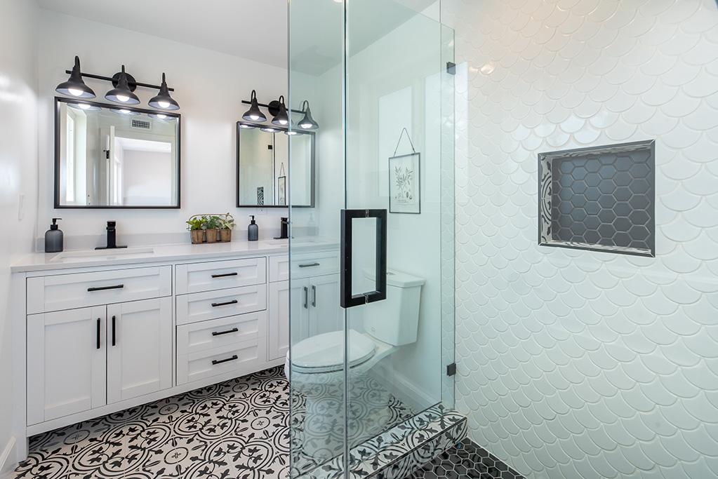 Podłoga w łazience – jaka najlepsza?