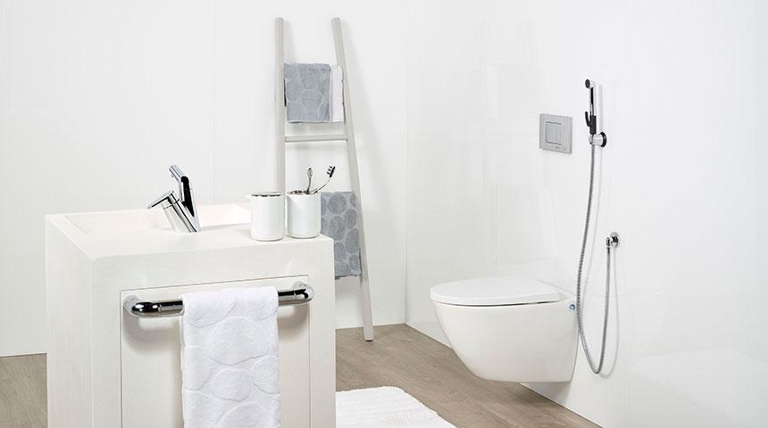 Pomysły na aranżacje białej łazienki