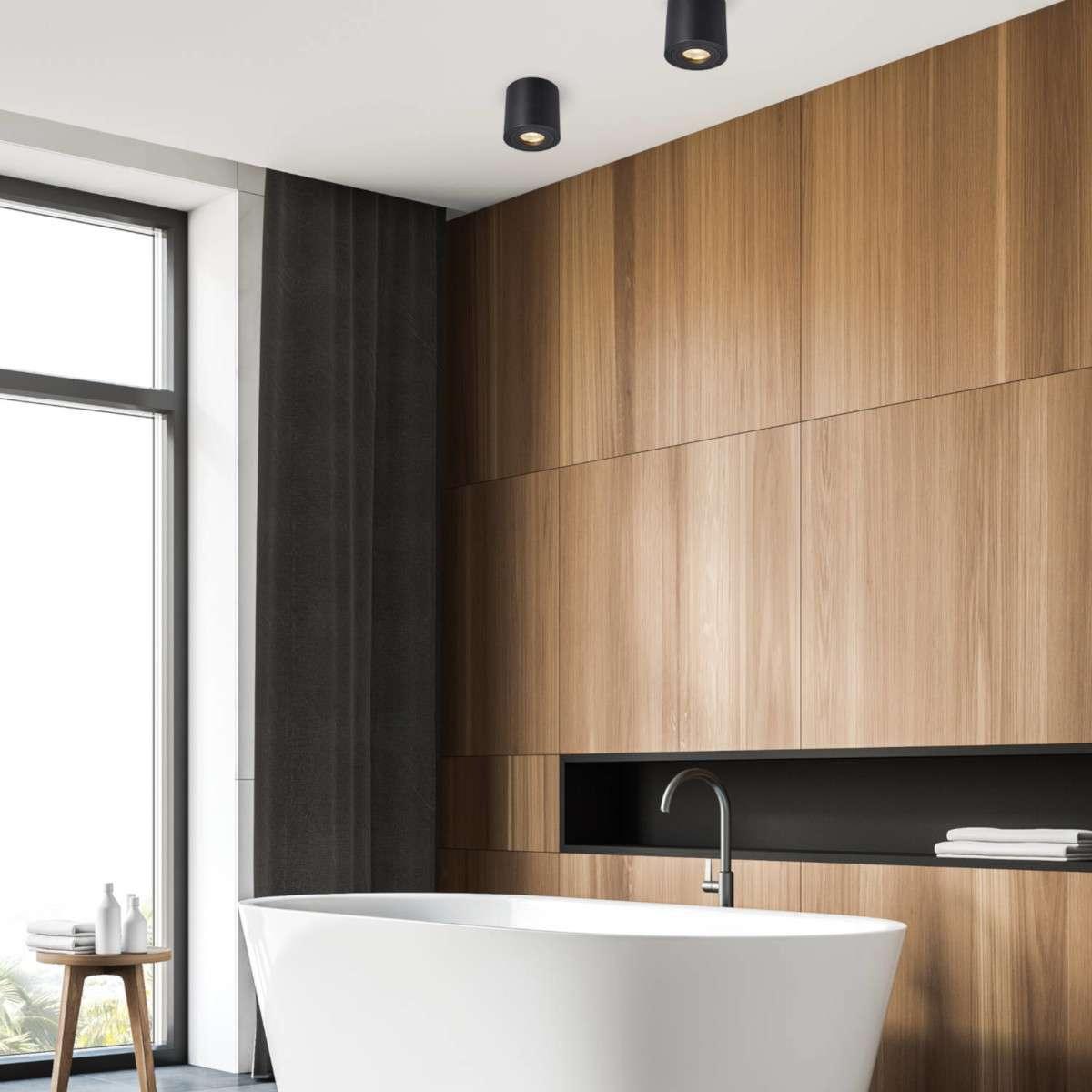 Spoty – modne łazienkowe oświetlenie